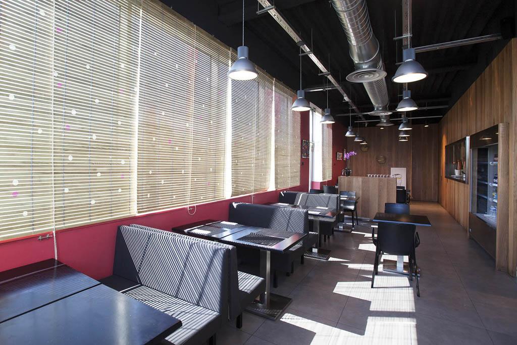 Prototipo restaurante bogdanov arquitectes for Oficinas makro madrid